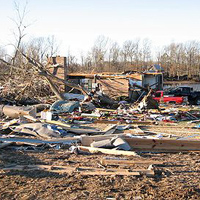 400px-Jackson_County_Alabama_tornado_damage-001