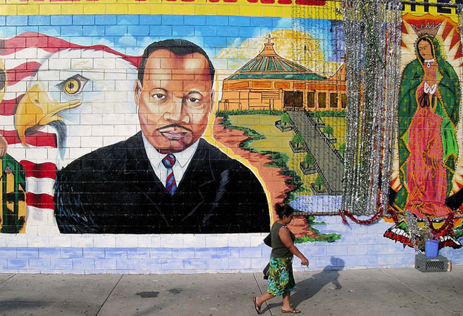 Inspiration wall l a 39 s many murals of martin luther king for Black history mural