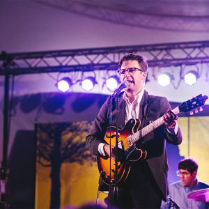 Nick Waterhouse performs
