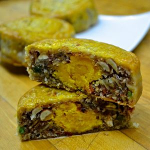 Fruit nut mooncake