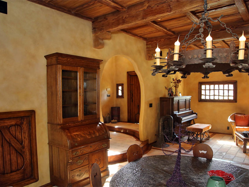 Sneak a peek inside the witch s house of beverly hills for Home inside pictures