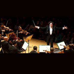 Dudamel conducts