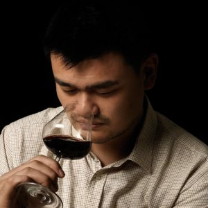 Yao Ming goes from NBA star to wine entreprenuer.