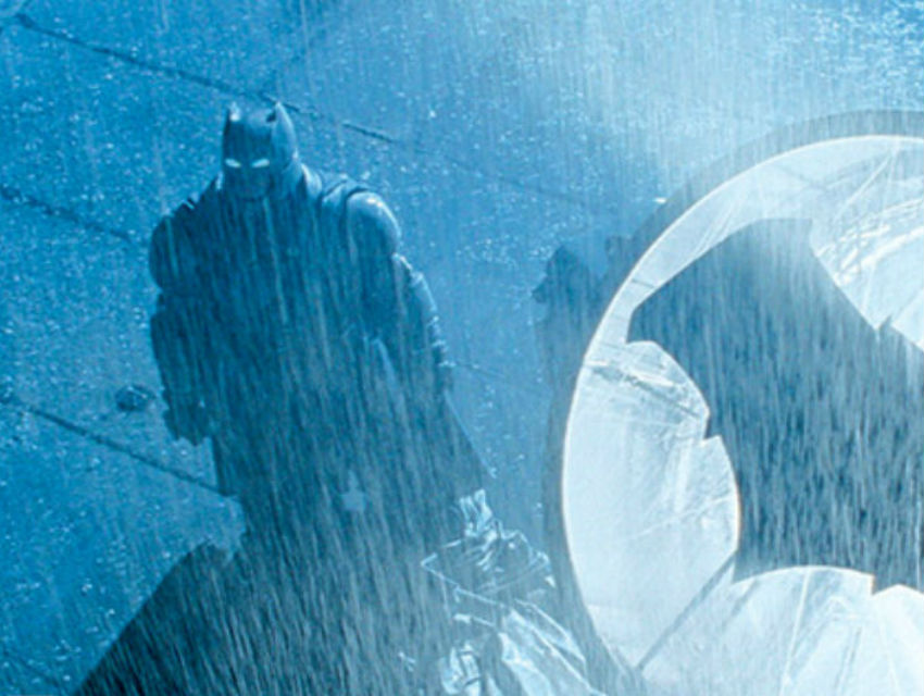"Batman looks like he's wearing a suit of high-tech armor in Zack Snyder's upcoming ""Batman v. Superman: Dawn of Justice"""