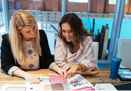Founder & Chief Creative Officer, Jessica Alba selecting prints for the new lunch box designs