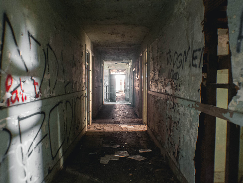 Take A Look Inside Downey S Creepy Abandoned Asylum Los