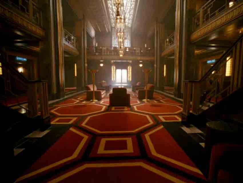 Scene it before hotel cortez from american horror story for Ahs hotel decor