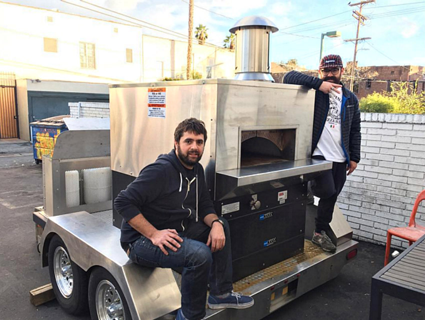 jon vinny 39 s mobile oven is about to fuel the most epic pizza partie