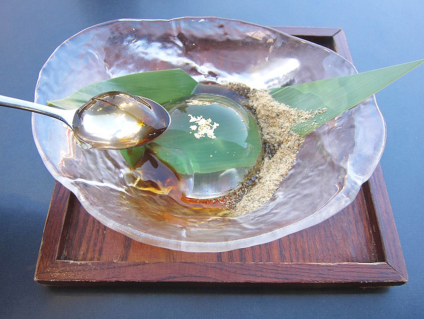 Where to Find That Viral Raindrop Cake in Los Angeles ...