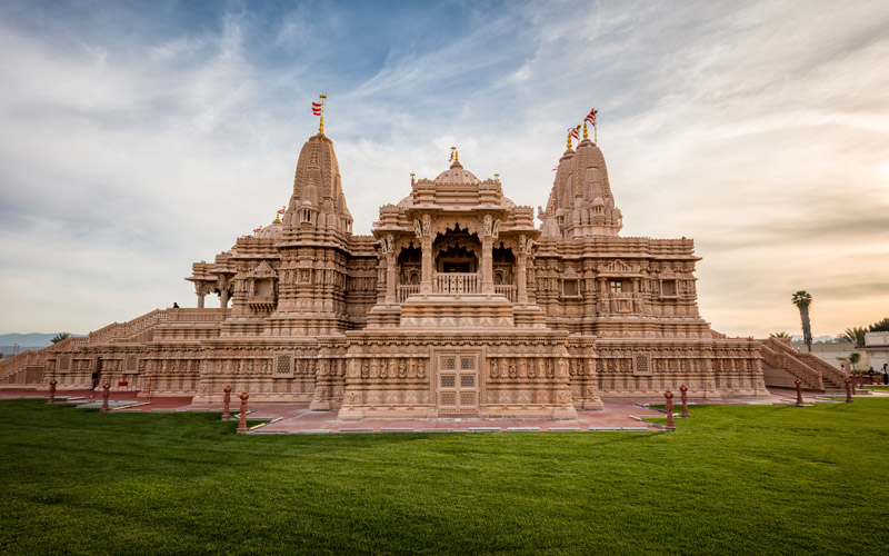 temple city hindu singles Ancient hindu temple in the temple is carved out of one single rock, dedicated to hindu lord on the southern bank of the vaigai river in the temple city of.
